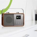 ALBRECHT Audio präsentiert sein neuestes DAB+/UKW-Radio im Retro-Design