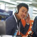 HIGH END 2016: Direkter Vergleich von Kopfhörern in einer ueu eingerichteten Hörbar