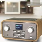 Albrecht DR 316 C: Digitalradio mit elegantem Holzgehäuse