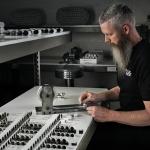 Wilson Audio jetzt mit eigener Kondensator-Fertigung